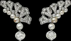 Cartier Magicien High Jewelry collection 2016 – Platinum Diamonds Pearls earrings
