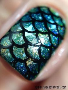10 Classic Mermaid Nails art Designs