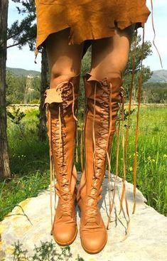 f67b68f1f77 23 bästa bilderna på Shoes | Knee boot, Knee boots och Knee High Boots