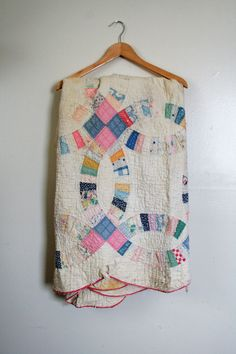 Vintage/Primitive Double Wedding Ring Cutter Quilt.http://www.rubylane.com/item/469850-27-13VG/Pink-Cherry-Blossom-Butter-Dish
