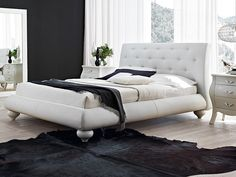 Picture of Zivago bed, beds covered in leather