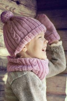 Lapsen palmikkoneulepipo 7 Veljestä   Novita knits