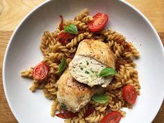 Mozzarella basil stuffed chicken Stuffed Chicken, Mozzarella, My Recipes, Basil, Meat, Food, Essen, Stuffed Chicken Recipes, Yemek