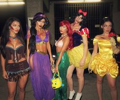 Creative and Spooky Group Halloween Costume Ideas - Gravetics Put on your creative hat as you check out these spooky Halloween Group Costumes; Perfect group Halloween costume for the office groups and frineds groups. Ariel Halloween Costume, Family Halloween Costumes, Cool Halloween Costumes, Halloween Outfits, Halloween Party, Spooky Halloween, Halloween 2016, Couple Halloween, Rave Costumes