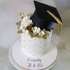 would replace black with blue Option would replace black with blue. Option would replace black with blue. Graduation Party Planning, College Graduation Parties, Graduation Celebration, Graduation Party Decor, Grad Parties, Graduation Cupcakes, Party Decoration, Cakes And More, Party Cakes