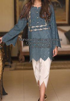 Latest Pakistani Suits, Simple Pakistani Dresses, Pakistani Fashion Casual, Pakistani Outfits, Pakistani Kurta Designs, Pakistani Dress Design, Stylish Dresses For Girls, Stylish Dress Designs, Sleeves Designs For Dresses