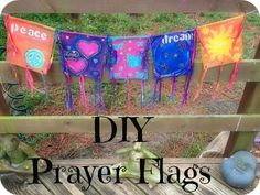 Unfolding Creatively: DIY :: New Year Wishes Prayer Flags Wiccan, Pagan, Witchcraft, Peace Flag, School Prayer, Prayer Garden, Prayer Flags, New Year Wishes, Teaching Art