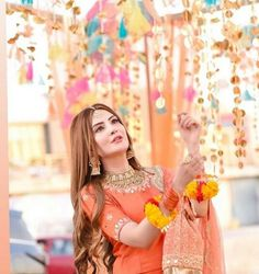 Qunoot. Shadi Dresses, Pakistani Dresses, Sangeet Outfit, Cute Baby Girl Pictures, Lehnga Dress, Stylish Girl Images, Girls Image, Girl Photography, Haircut Style