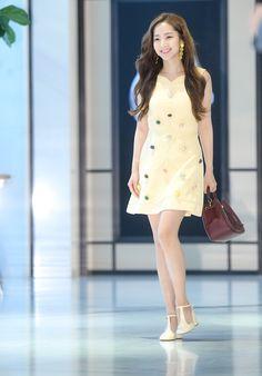 Park min young 2018 Young Actresses, Korean Actresses, Korean Actors, Fashion Idol, Young Fashion, Korean Beauty, Asian Beauty, Asian Woman, Asian Girl