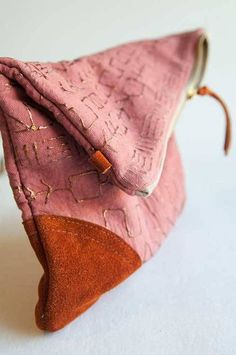 Tribal Fold Over Pouch - Free Sewing Tutorialh