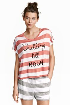 668fbb6c2dadc5 Pyjamas with top and shorts Schlafanzug Frauen, Knappe Shorts, Nachthemd,  Schlafanzüge