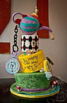 Alice in Wonderland cake Yuma @Debbie Olsen