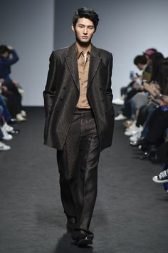 Kim Seo Ryong, Look #10