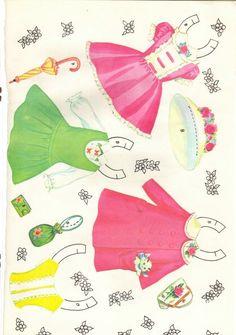 Se divirta muito com estas LINDAS menininhas e seu gracioso guarda-roupa!