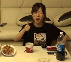 """""""SNSD Sunny"""" When food Is Just That Good Lol"""
