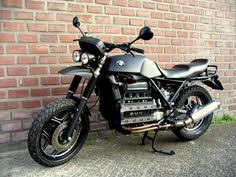 BMW K100 custom scrambler.