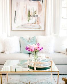 Living Room Grey, Formal Living Rooms, Living Room Decor, Modern French Interiors, Southern Living Rooms, Free Couch, Dining Table Rug, Turquoise Pillows, Mirrored Coffee Tables
