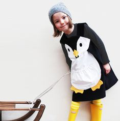 Girls dress penguin costume por wildthingsdresses en Etsy, £42,00