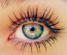 Secret to Longer Stronger Eyelashes