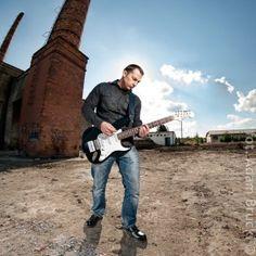 Portrait / strobist session.  Model: Marek Tokarski, from the band No Libab Dab