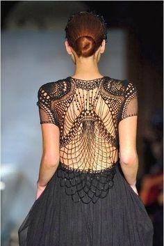 c7ac671b54 Интересные детали в вечерних образах 2 Haute Couture