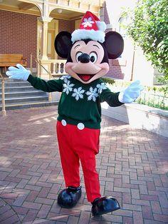 Christmas Mickey 8(:-D