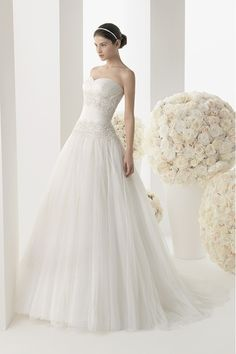 2014 Unique Sweetheart Ruffled Bodice A Line Wedding Dress With Applque Tulle