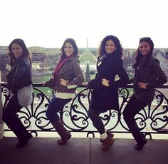 Nicole, the studio manager at The Bar Method Dallas, recruits some of her friends to do thigh with a view on a balcony at the Washington Monument. #WhereDoYouBar?