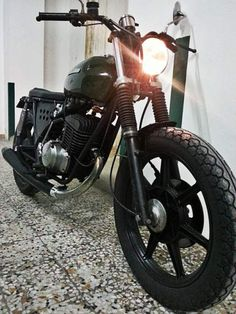 Cagiva sst 350cc ASI cafe racer - bratstyle 4