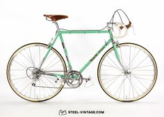 Eroica approved bicycle. Columbus tubes. Campagnolo gearing.