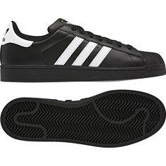 Adidas Superstar, love these