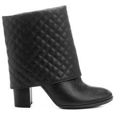 Encontre aqui botas femininas cano alto, médio, curto e muito mais em calçados com os melhores preços. Acesse o site da Zattini e compre online!