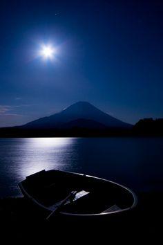 Moonlight in Mount Fuji, Lake Shoji, Yamanashi, Japan