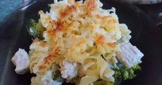 Mennyei Rakott brokkolis csirke tésztával recept! Ezek a hozzávalók voltak itthon :) Fogadjátok szerettel, jó étvágyat hozzá :)