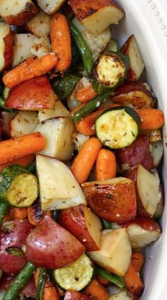 Roasted Herb Veggies Red Potatoes Yellow Bell Pepper Green Beans Zucchini Carrots and Onion Toss with Olive Oil Fresh Thyme Lemon Juice Salt Pepper and Garlic Roast at. Side Recipes, Veggie Recipes, Vegetarian Recipes, Cooking Recipes, Healthy Recipes, Roasted Vegetable Recipes, Recipes With Zucchini, Easy Family Recipes, Veggie Bake