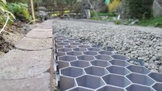 Driveway And Pathway Solution Core Systems Offers Permeable Green Solutions For Ilized Gravel Driveways Turf Reinforcement Gr