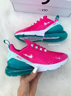Brand New in Box Authentic Blinged Women's/Girl's Nike Air 270 Running Shoes. Nike Swoosh is customized with fabulous Swarovski Crystal Rhinestones! Bling Nike Shoes, Cute Nike Shoes, Cute Nikes, Cute Sneakers, Nike Air Shoes, Comfy Shoes, Women's Shoes, Shoes Style, Shoes Sneakers