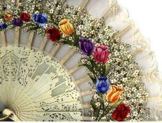 Details on vintage fan