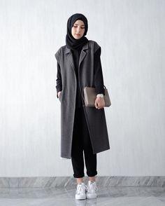 20 more fashion wanita hijab casual - mode wanita hijab lässig fashion wanita hijab casual - Grunge fashion casual, fashion casual Pakistani, fashion casual Daily Casual Hijab Outfit, Hijab Chic, Hijab Fashion Casual, Street Hijab Fashion, Muslim Fashion, Smart Casual, Mode Outfits, Fashion Outfits, Stylish Outfits