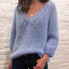 MUSTER - Mohair Pullover - make - Ideen finanzieren Mohair Sweater, Pullover Sweaters, Knitting Sweaters, Lace Knitting, Cozy Sweaters, Knit Cardigan, Jumper Knitting Pattern, Pattern Shorts, Knit Fashion