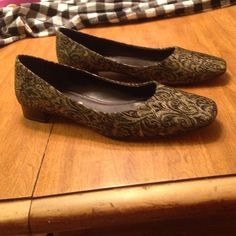 Etienne Aigner flats Size 8 1/2 medium flats gold & black brocade shoes. Never seen another pair like this. Heels in perfect condition.. some wear on bottoms as shown. Perfect  condition otherwise. Signature A on shoes as shown in one photo. Make an offer! Absolutely beautiful shoes!!! Etienne Aigner Shoes Flats & Loafers
