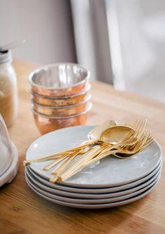gold flatware for the table #silverware #metallic