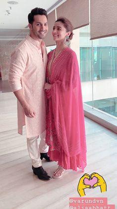 DeepAishWorld Alia Bhatt and Varun Dhawan in Jaipur for Kalank promotion today. Indian Celebrities, Bollywood Celebrities, Bollywood Fashion, Bollywood Couples, Bollywood Actress, Mens Kurta Designs, Salwar Designs, Alia Bhatt Lehenga, Alia Bhatt Varun Dhawan