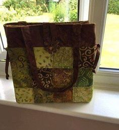 Another variation on the classic Shades of Grey bag, this time using greens and browns. All Craft, Green And Brown, Shades Of Grey, Dressmaking, Messenger Bag, Satchel, Classic, Fabric, Cotton