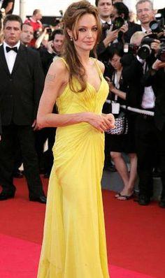Angelina Jolie Measurements Angelina Jolie Measurements #AngelinaJolie Angelina Jolie Measurements, Celebrity Measurements, One Shoulder, Formal Dresses, Celebrities, Fashion, Dresses For Formal, Moda, Celebs