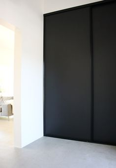Ideas For Bedroom Black Wardrobe Sliding Doors Rustic Master Bedroom, Bedroom Black, Bedroom Decor, Closet Curtains, Closet Bedroom, Sliding Wardrobe Doors, Sliding Doors, Bedroom Wallpaper Neutral, Bedroom Dresser Styling