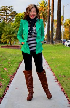 Fabulous After 4- Styleblazer Rebcca from Red Tag Chic Lose Angeles loves leggings.