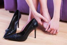 Sapato novo é muito bom, mas até que nosso pé se acostume com o sapato, ou que este se ajuste ao seu pé, machuca um pouco. Por isso, resolvemos contar alguns segredos que vão ajudar a resolver esse…