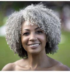 The beautiful @naturalsilversista || Photo by the talented @islandboiphotography || natural hair and gray. Silver highlights. Naturally gray hair. Curly gray hair. Afro gray hair. Gray hair.