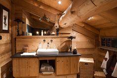 Уютное традиционное шале из сруба во Франции | Пуфик - блог о дизайне интерьера